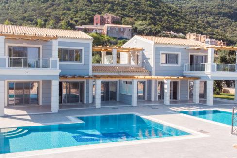 villa2be-villa-barbati-duo-waterfront-10