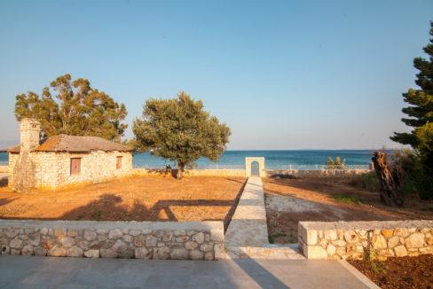 villa2be-villa-barbati-duo-waterfront-32