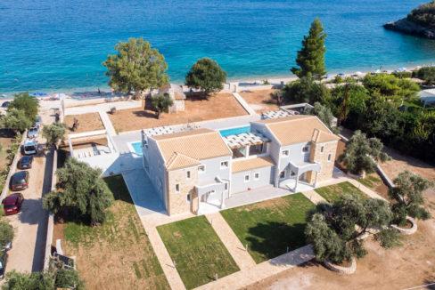 villa2be-villa-barbati-duo-waterfront-4