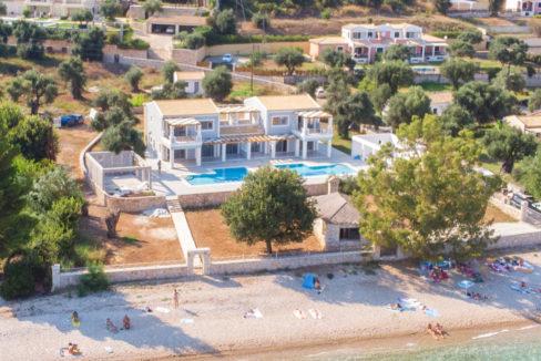 villa2be-villa-barbati-duo-waterfront-6