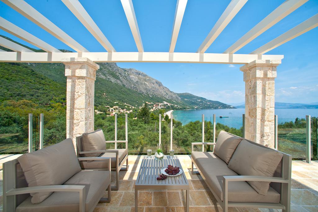 villa2be-villa-barbati-view-50
