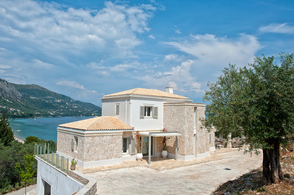 villa2be-villa-barbati-view-79