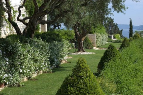 villa2be-villa-kanoni-estate-20