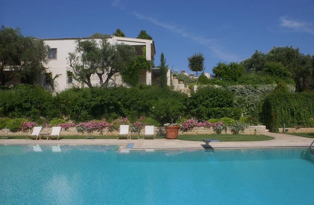 villa2be-villa-kanoni-estate-32
