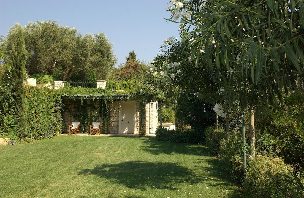 villa2be-villa-kanoni-estate-37