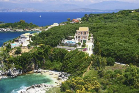 villa2be-villa-kassiopi-waterfront-11