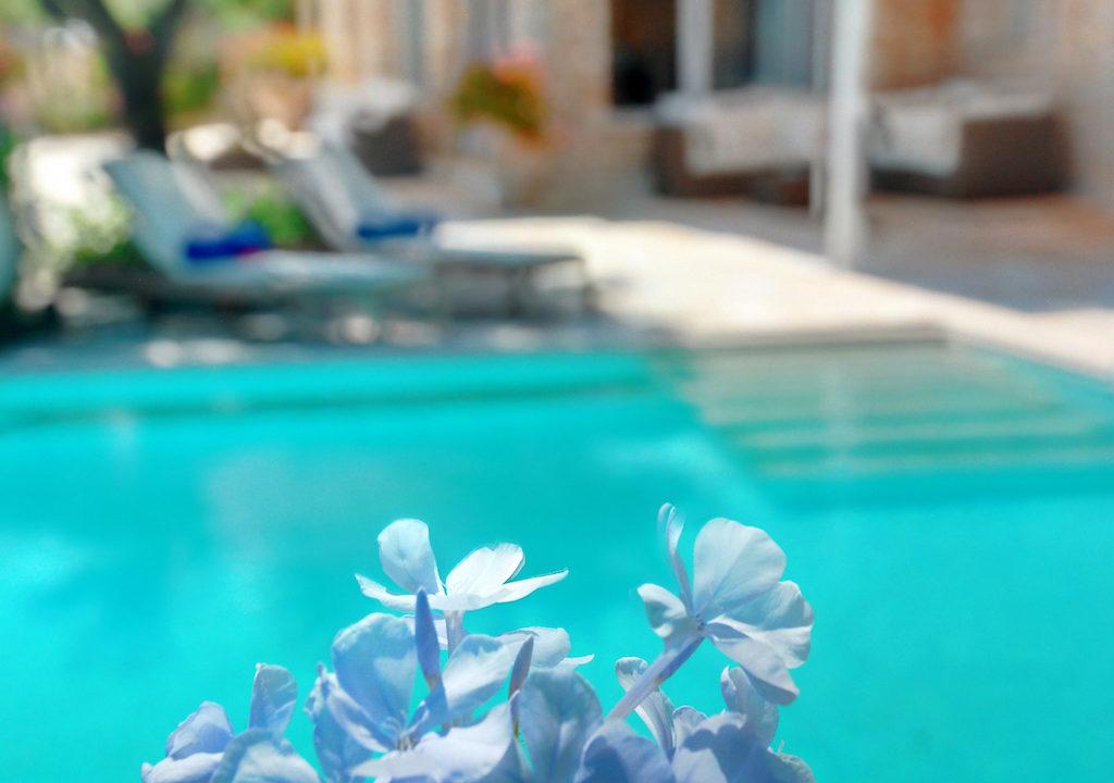 villa2be-villa-barbati-blue-12