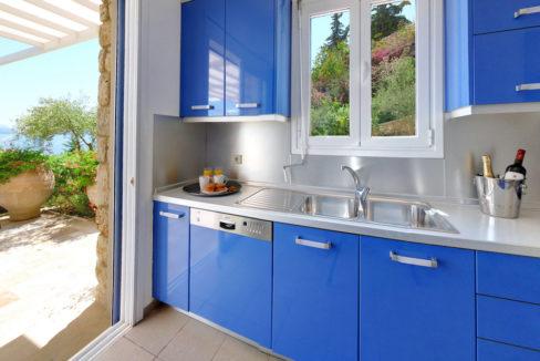 villa2be-villa-barbati-blue-33