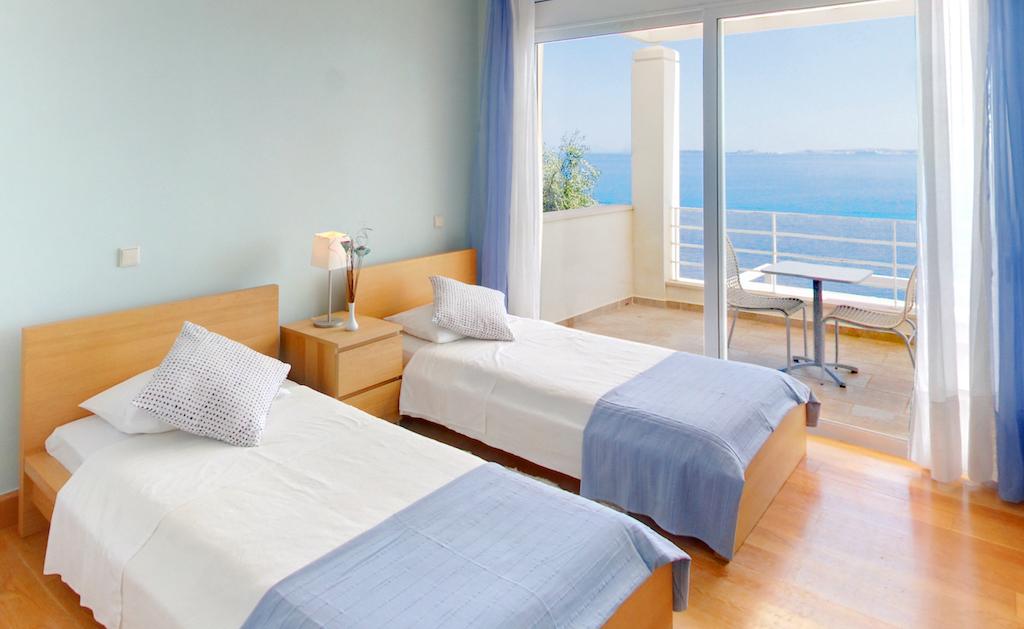 villa2be-villa-barbati-blue-37