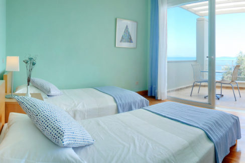 villa2be-villa-barbati-blue-43